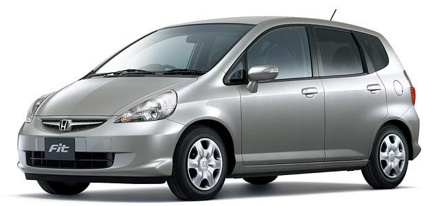 フィット(GD3)のタイヤ、オイル、電球、車検、オーディオなどのメインテナンス情報
